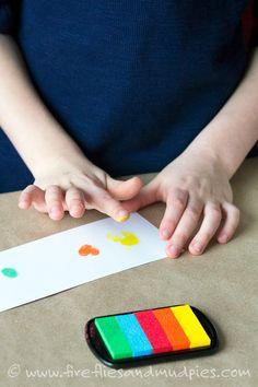 Looking for a super fun art activity for kids? Try Fingerprint Comics! Art Activities For Kids, Classroom Activities, Older Kids Crafts, Mud Pie, Fireflies, Cool Art, Workshop, Comics, Cartoon