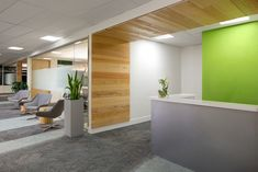 This international engineering firm was moving their Vancouver office to accommodate growing staff needs.