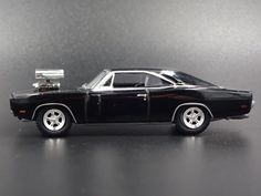 1970 70 DODGE CORONET SUPER BEE RARE 1:64 SCALE COLLECTIBLE DIECAST MODEL CAR
