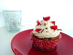 Erdbeer-Nougat-Cupcakes