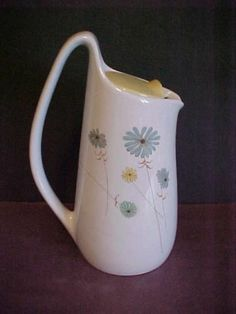 Iroquois China Lazy Daisey Coffee Pot by Ben Seibel
