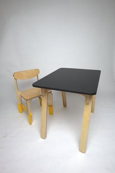 CNC Plywood Desk and Chair, Modern design - Your source of daily fun - unlockedfurniture.org Modern Rustic, Mid-century Modern, Plywood Desk, Modern Bathroom Design, Mid Century Modern Design, Modern Graphic Design, Living Room Modern, Layout Design, Furniture Design
