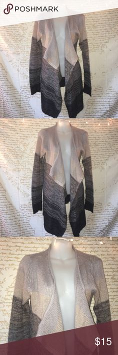 Striped Cardigan🖤 Super cute ombré striped cardigan. In great condition👍🏼 will fit a medium as well! comment below with questions... offers always welcome. Olivia Sky Sweaters Cardigans