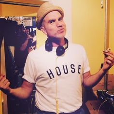 Manlike @lukesolomon in his #HouseTee. All profits go to @habitatforhumanity @ukhabitat to help #disasterrelief in #Nepal. Pls like and share to #spreadthelove or grab yours here >> MILLIONHANDS.net