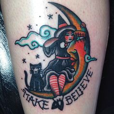 rachierhatklor:  Thanks so much Donna! Super fun little witch ☺️ tattooed at @blueladytattoo