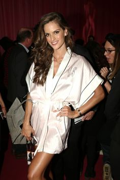 600full-izabel-goulart.jpg (JPEG Image, 600 × 898 pixels) - Scaled (82%)