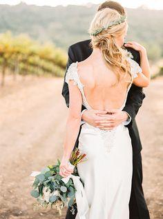 Backless Wedding Dress | Danielle Poff Photography | Natural Elegance at a Southern California Vineyard