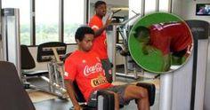 Yordy reyna jugará ante Paraguay en Asunción y en Lima. Nov 11, 2014.