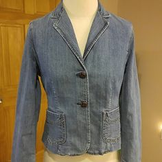 Gap Stretch Denim Jacket Size 6 with stretch and two dark brown buttons. GAP Jackets & Coats Jean Jackets