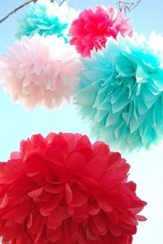 I absolutely LOVE these paper pom poms! Especially in these colors!