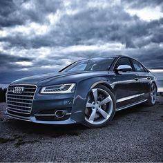 Audi S8! Photographer: @auditography | @M85Media | @StancedAutohaus | @TheAutoGroup | #Audi #S8 #AmazingCars247