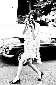 Be a pretty photographer taking more pretty photos this year (in the photo: Alexa Chung)