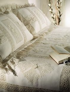 beautiful bed cover... This takes my breath away ♥♥♥♥