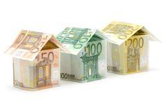 Mutui in calo: meglio le famiglie