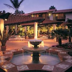 La Jolla Shores Hotel courtyard. Best place to stay while in La Jolla!