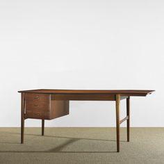 Ole Wanscher / desk