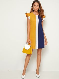 To find out about the Ruffle Armhole Colorblock Tunic Dress at SHEIN, part of our latest Dresses ready to shop online today! Simple Dresses, Elegant Dresses, Casual Dresses, Short Dresses, Chic Outfits, Dress Outfits, Fashion Dresses, Trendy Outfits, Ruffle Dress