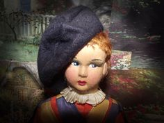"VNTAGE CLOTH SIDE GLANCING DOLL 11"" TALL CIRCA 1940'S (A)"