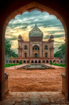 Most Historical Place In India. Safdarjung's Tomb is a sandstone and marble mausoleum in New Delhi, India. It was built in Varanasi, Nova Deli, Places To Travel, Places To See, Beautiful World, Beautiful Places, Wonderful Places, The Journey, Temples