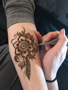 Beautiful Flower Henna Designs for Arms