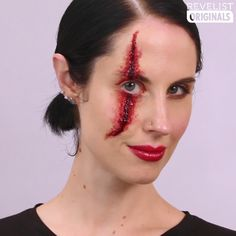 😱🎃Make Up for Halloween😱 😱🎃Skin of wax can cover the eyebrows, can create scratches, cuts, wounds, etc Designed for fake. Maquillaje Halloween Videos, Maquillage Halloween Simple, Scar Makeup, Makeup Art, Beauty Makeup, Wound Makeup, Makeup Wipes, Skull Makeup, Sephora Makeup