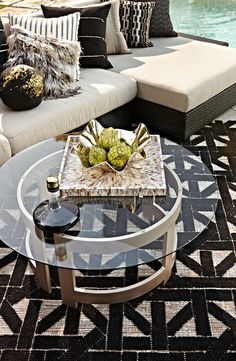 Graphic design goes outside in the dhurrie-quality, high-low Hayes Outdoor Rug. Outdoor Balcony, Outdoor Rooms, Outdoor Ideas, Backyard Ideas, Modern Outdoor Living, Deck Makeover, Home Accessories, Indoor, Patio
