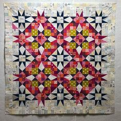 Modified En Provence with a wee rogue hst that slipped in! On the blog today. #pinkdoxies #quilts #quiltsofinstagram #bonniehuntermysteryquilt