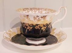 Royal Albert   ~ Teacups & Saucers