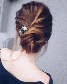 Very pretty #weddinghairstyles