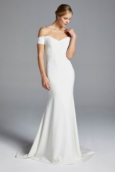 Anne Barge Bridal Spring 2019 New York Collection - Vogue
