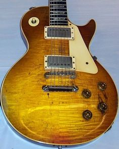 """9-0821 """"Memphis Mojo Burst"""" Guitar Pics, Guitar Amp, Cool Guitar, Acoustic Guitar, Gibson Epiphone, Gibson Guitars, Gibson Les Paul Sunburst, 1959 Gibson Les Paul, Les Paul Guitars"""