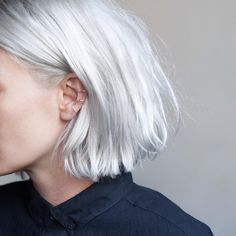 Casual day with navy men's shirt, messy hair and Cage ear cuff Haircut And Color, Hair Color And Cut, Messy Hairstyles, Pretty Hairstyles, Pelo Guay, Navy Hair, White Hair, Platinum Blonde Hair, Pastel Hair