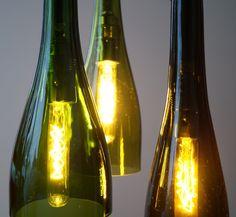 "Vintage Hängelampe ""Lampades tribus #10"" von Uniikat Shop - Recycling mit Stil auf DaWanda.com______________Lamp, Lampe, Fabric Cable, Hängelampe, pendant, industrial, vintage,  Textilkabel, Weinflasche, Flaschenlampe, Bottle lamp, bottle,"