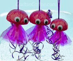 Here's a fun, beach-theme crafts for kids -- a Jellyfish Family. Super easy, and colors can be changed to make it a boy craft. Tute on CraftsnCoffee.com
