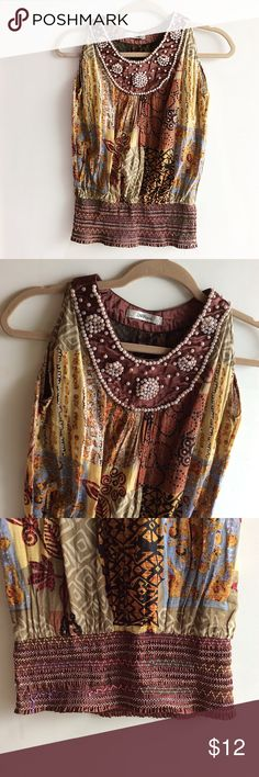 Zara Tribal Top Preloved.    Small.    No tags.   Good Condition, some loose elastic threads.  Priced accordingly. ZARA Tops