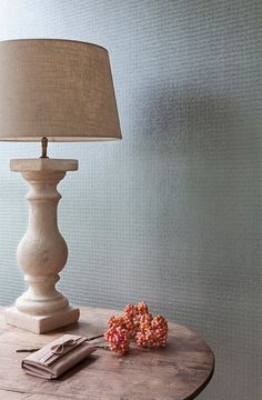#tiptuesday Metallic tone on tone detail provides a good way to play with pattern and texture while defining subtle contrast. Check out our tone on tone wallpapers now!
