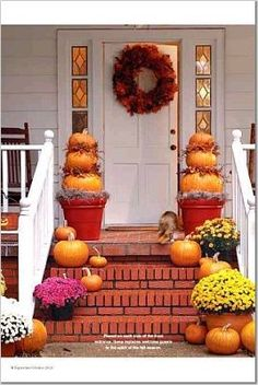 fall entryway ideas - Mums