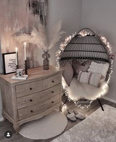 Cute Bedroom Decor, Room Design Bedroom, Bedroom Decor For Teen Girls, Girl Bedroom Designs, Stylish Bedroom, Room Ideas Bedroom, Teen Girl Bedrooms, Girls Bedroom Decorating, Cute Bedroom Ideas For Teens