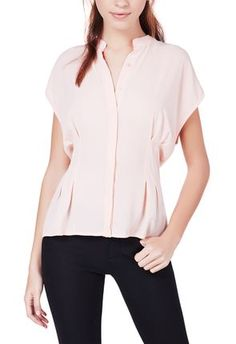 Every woman will look great in this top in summertime. #justfabapparel