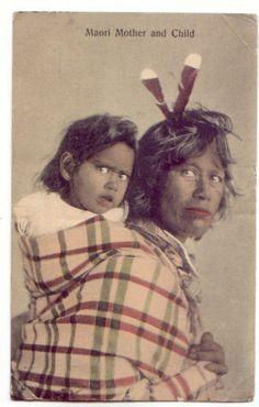 maori postcard Polynesian People, Maori People, Maori Art, Health Research, Attachment Parenting, Babywearing, South Pacific, Mother And Child, Sisters