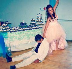 #iGotOne! #lol #WeddingHumour #WeddingPhoto