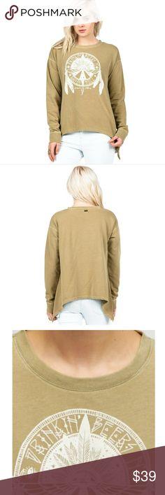 🦄VOLCOM SWEATSHIRT 🦄 PRICE FIRM UNLESS BUNDLED.   Green volcom sweatshirt. Volcom Tops Sweatshirts & Hoodies