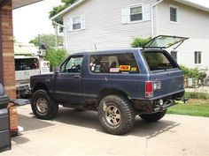 1st pic of the now running '88 s-10 blazer