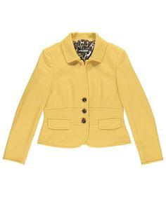 Very feminine! Audrey Hepburn would love this Blazer! #geryweber #fashion #fifties #engelhorn