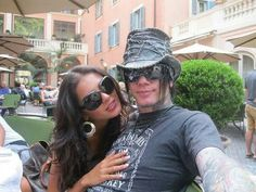 The Ashba's