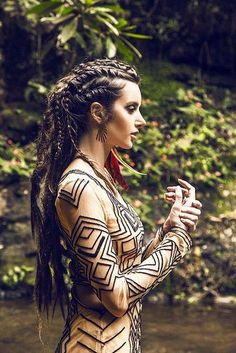 I go back and forth on women + dreads, but this is definitely working for me! Braided Hairstyles, Cool Hairstyles, Pirate Hairstyles, Viking Hairstyles, Braided Mohawk, Vestidos Farm, Corte Y Color, Hair Inspiration, Character Inspiration