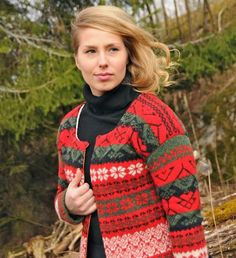 Swedish Kling Kollektion, design Delsbotwist Garner, Knit Crochet, Men Sweater, Turtle Neck, Knitting, Folklore, Sweaters, Design, Fashion