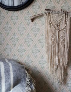 One of the hottest trends right now is macrame, both as wallhangings and for hanging pots. This one is called Plume by La Bohéme, and I just love the intricate details of it, especially in the combination with driftwood.