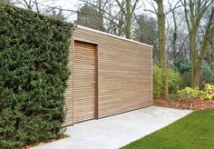 Biking shed Are you in need of extra storage space but firmly believe that style and function should go hand-in-hand? Then its only natural that you should turn to Livinlodge. The modern garden sheds desig Modern Garden Design, Contemporary Garden, Modern Shed, Bike Shed, Fire Pit Patio, Garden Studio, Garden Buildings, Exterior, Wooden Garden