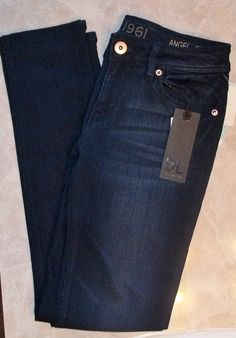 I LOVE DL brand jeans!! (For future reference!)  The dark washes and stretchiness are perfect for my lifestyle!